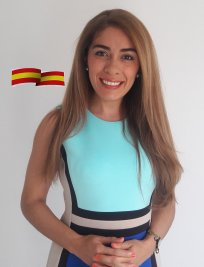 Carolina is a Spanish tutor in Scotland