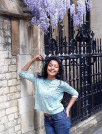 Anisha is a St. Paul's Girls' School Admissions tutor in Blackfriars