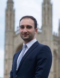 Hassan is a private Maths and Science tutor in North Lincolnshire