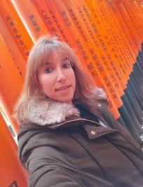 Laura is a Spanish tutor in Surrey Greater London